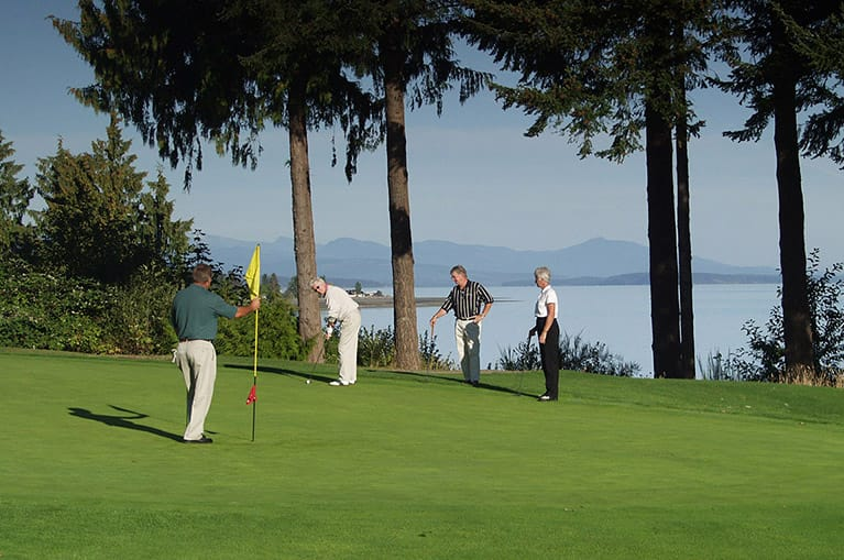 Golf course overlooking the Pacific Ocean in Parksville BC